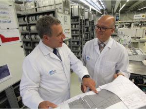 Die beiden Fritsch-Geschäftsführer Dr. Jost Baumgärtner (links) und Matthias Sester sehen im Medtech-Markt Chancen zur Expansion.